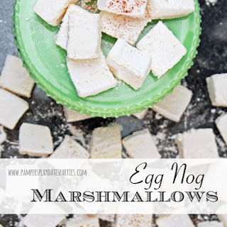 {12 Days of Holiday Candy} Egg Nog Marshmallows