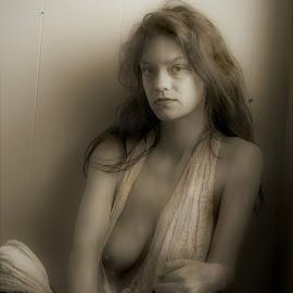 Amy by Jim Oakes - Nudes & Boudoir Boudoir ( model, window, female, black and white, semi-nude, light )