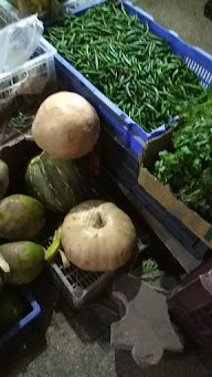 Baba Ji Farm Fresh Fruits Vegitable And Departmental Store photo 4