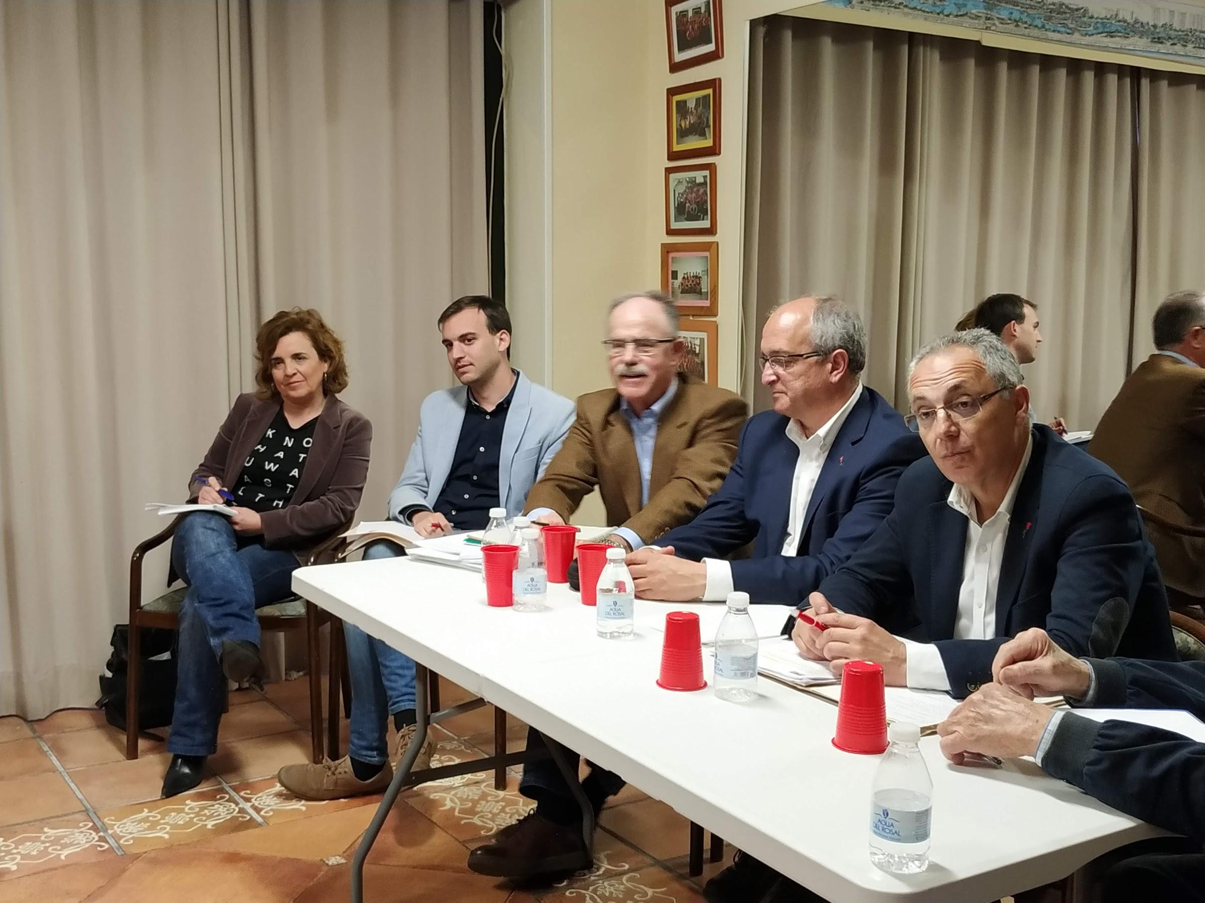 Las propuestas para mejorar Algeciras protagonizan la reunión entre el PSOE y Fapacsa