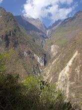 Photo: Subiendo a Maizal: Una de las quebradas que da origen al río Blanco Cachora - Choquequirao - Playa (24-Ago. al 01-Sep. - 2012) Andaray - Grupo de Excursionismo