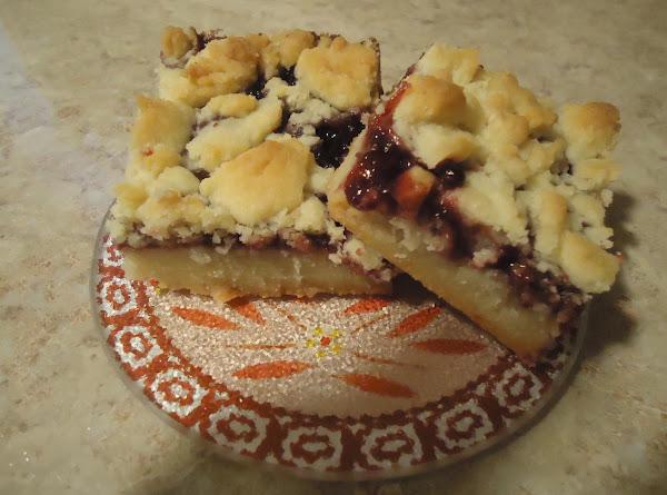 Raspberry Crumble Bars Recipe
