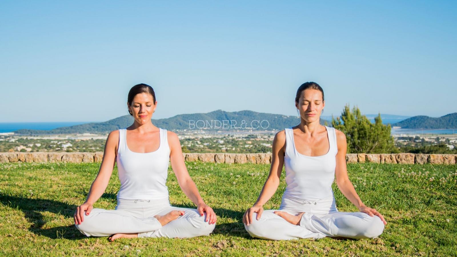 Tư thế thiền định trong yoga