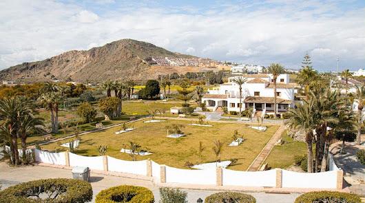 Un hotelito de 5 estrellas abre en Mojácar en plena pandemia