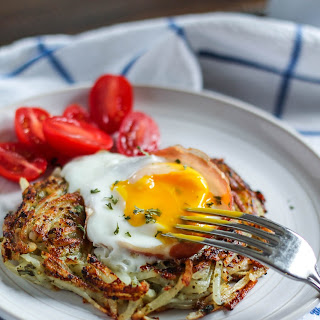 Eggs in a Hash Brown Nests