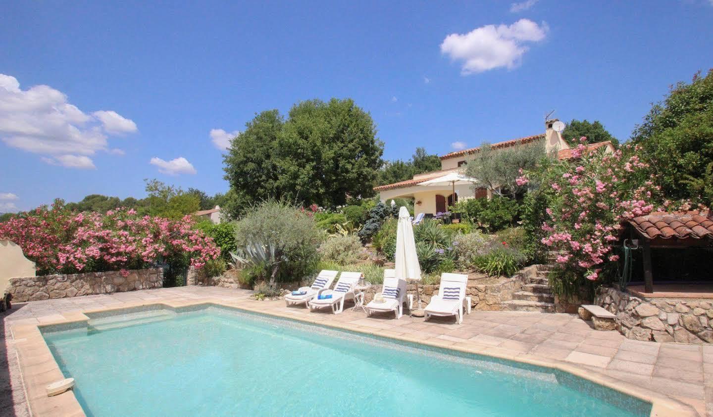 Villa avec terrasse Tourrettes