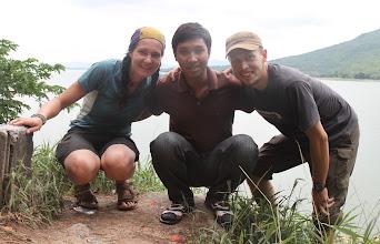 Photo: Mes ir mūsų draugas nuvežęs mus virš 500km.  Us and our friend that took us more than 500km.