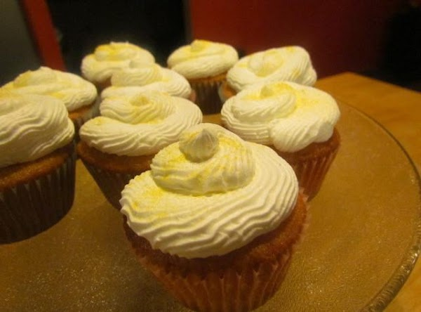 Decorate using a frosting of your choice.Note: With the leftover Apricot filling place a...