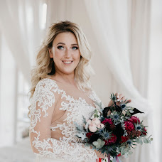 Wedding photographer Nina Zverkova (ninazverkova). Photo of 13.01.2019