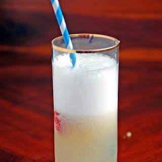 Lemon Crush Cocktail.