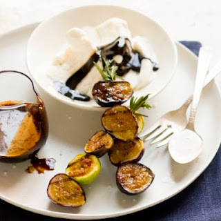 """Grilled Fig Sundaes with Balsamic """"Fudge""""."""