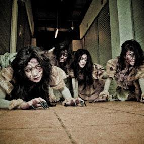 thriller by Herdi Fikri - People Group/Corporate