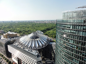 Photo: Sony-Center und Bahn-Tower