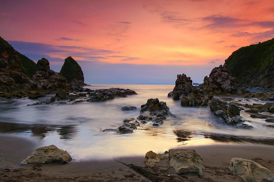 Payangan Beach by Ahmad Iwan - Landscapes Beaches