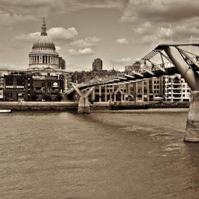 by Alex Newstead - City,  Street & Park  Street Scenes ( tone, sepia, thames, london, st. pauls, millennium, southbank, northbank, cathedral, bridge, mono, river )