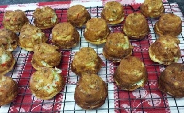 Allow the mini quiches to rest another 5 minutes, then carefully remove from the...