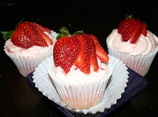 Strawberry Daiquiri Cupcakes By Wendy