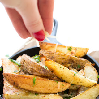Baked Parmesan Potato Wedges