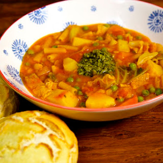 Easy Vegan Minestrone Soup.