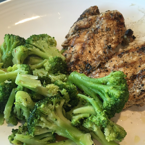 Tuscan chicken and broccoli