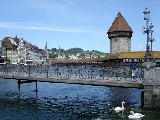 Reuss bridge, Chapel Bridge and Water Tower
