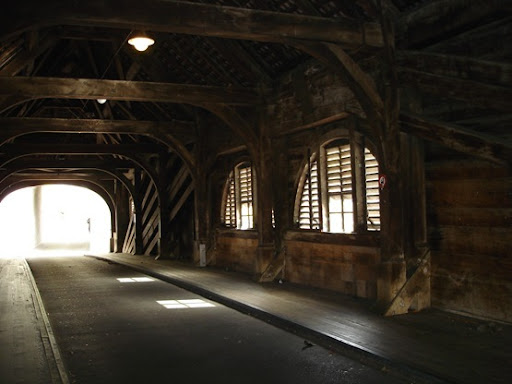 Holzbrucke inside