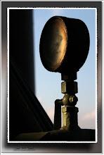 Foto: 2012 05 30 - P 162 E - es wird Nacht Manometer