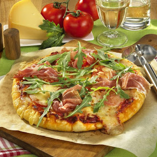 Proscuitto Ham and Arugula Pizza