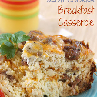 Cauliflower Hash Browns Slow Cooker Breakfast Casserole for #SundaySupper {#glutenfree #lowcarb}