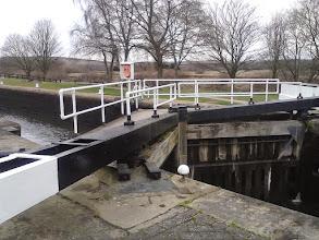 Photo: Canal locks near Woodlesford.