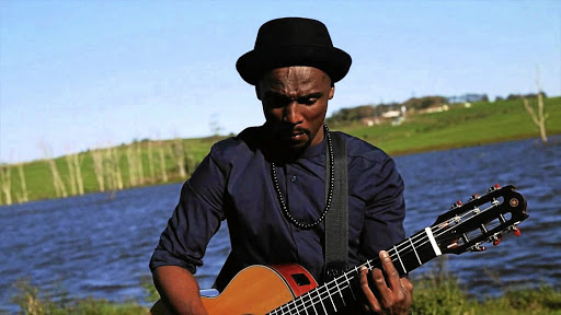 Nathi performing in the 'Nomvula' video.