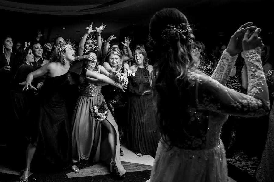 Wedding photographer Leonel Longa (leonellonga). Photo of 16.07.2019