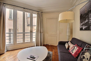1 Bedroom Serviced Apartment in Louvre Street