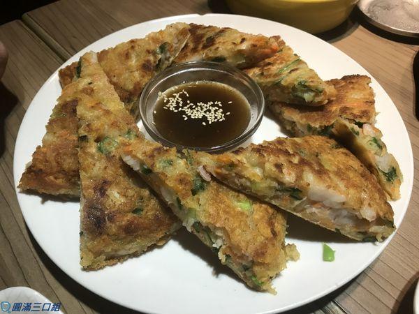 九尾韓國豆腐煲@東區逛街後的小歇 品嚐著九尾的韓國風情