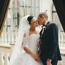 Wedding photographer Viktor Skrypnik (madcat). Photo of 04.08.2014