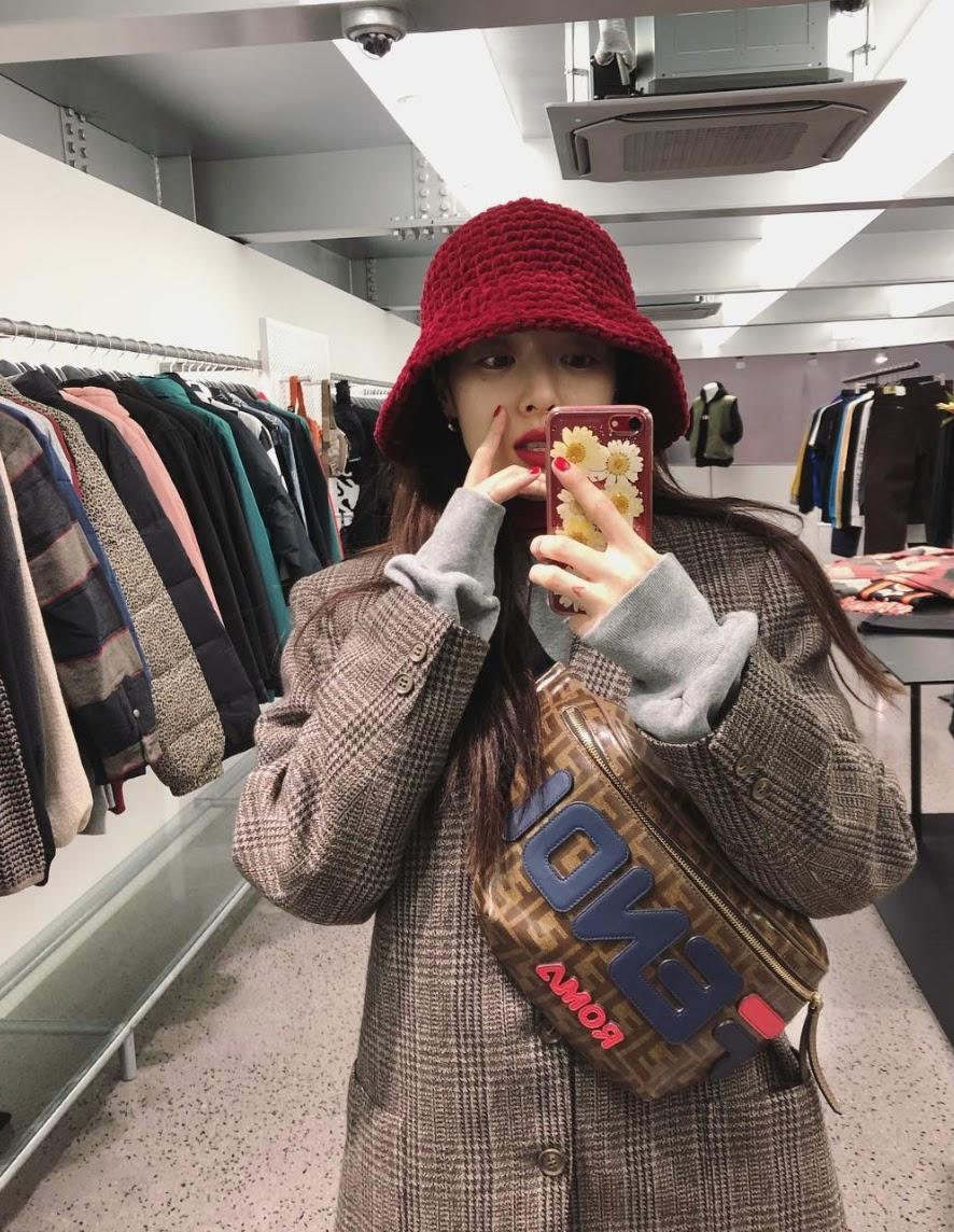 Hyuna-Edawn-02
