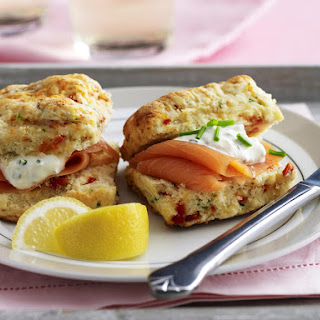 Sundried Tomato Scones with Salmon and Sour Cream