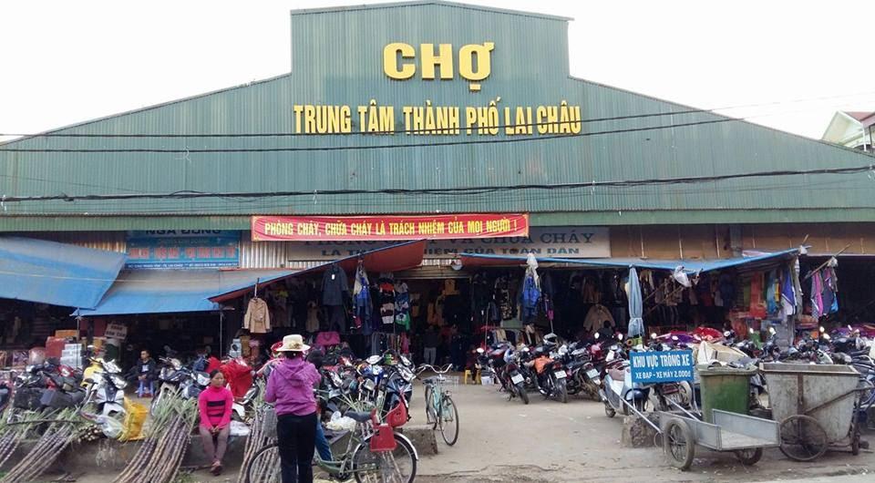 Chợ Lai Châu .