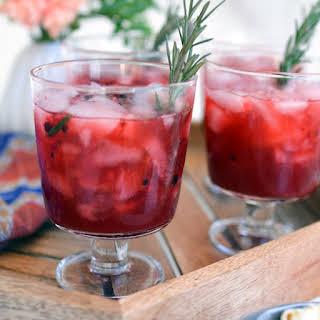 Blackberry Whiskey Lemonade Cocktail.