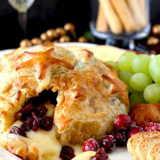 Brie and Cranberries Baked in Puff Pastry