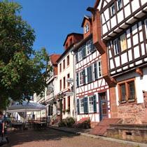 【世界の街角】ドイツ・フランクフルトから行ける穴場 / 木組みの街並みが美しい街「ゲルンハウゼン」