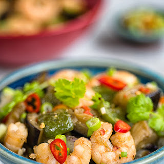 Chinese Aubergine Stir Fry with Prawns and Green Peppers