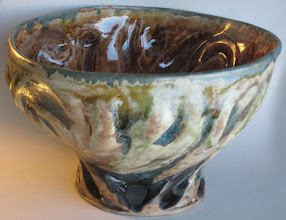 Photo: fruit bowl, 2nd of 4 pieces I threw in Dec. and glazed and fired in Jan.