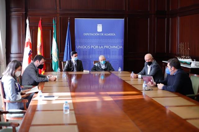Encuentro celebrado esta mañana en Diputación.
