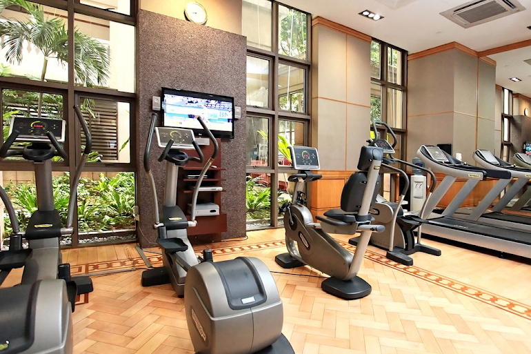 Gym at Orchard Turn Suites