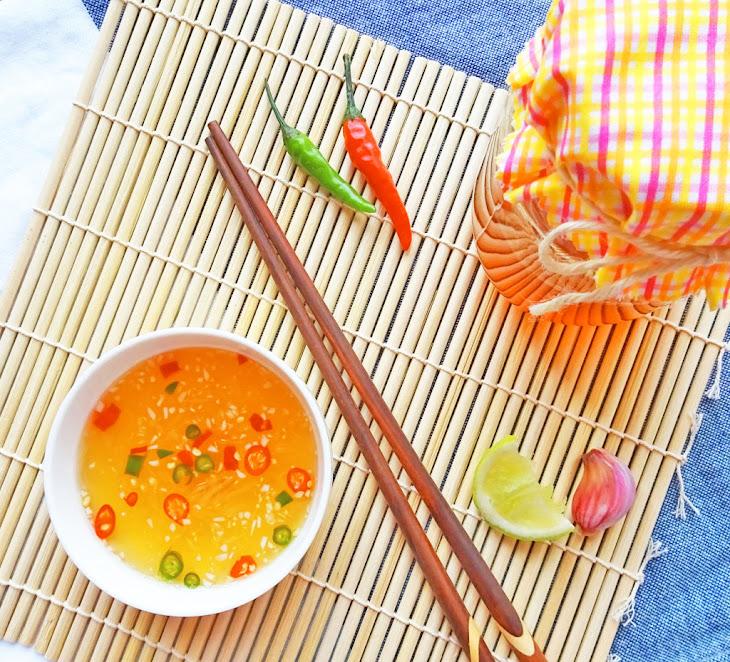 Vietnamese Dipping Sauce – Nuoc Mam Cham Recipe