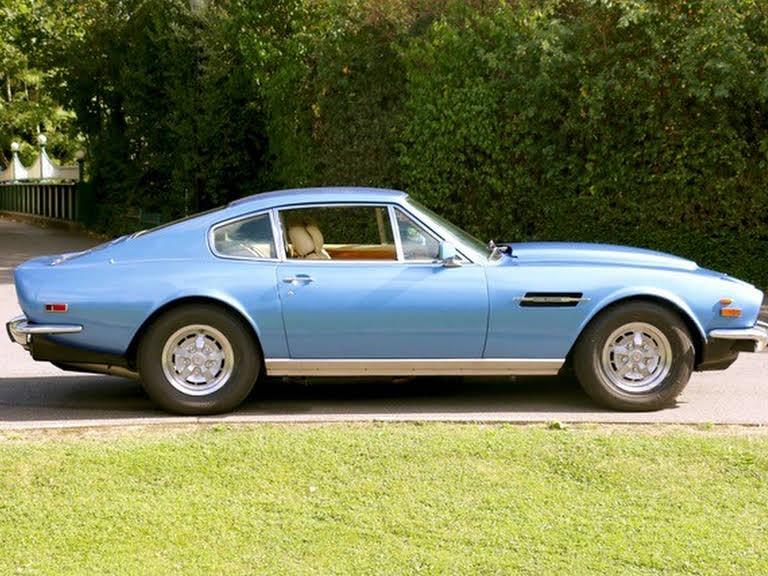 Aston Martin V8 Hire Weybridge