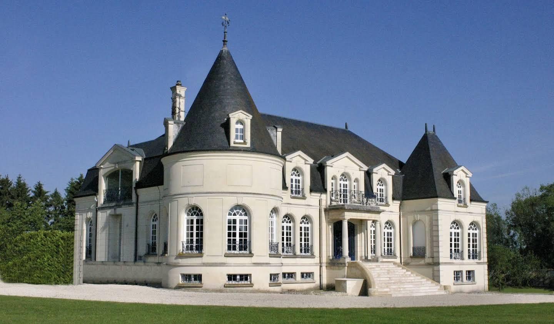Castle Nizy-le-Comte
