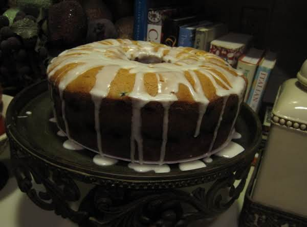 Fresh Blueberries And Sour Cream Pound Cake By Rr