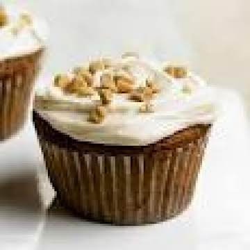 CREAM SODA-TOFFEE CUPCAKES